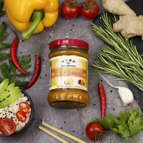 "Соус чили Pearl River Bridge ""Yellow Lantern Chili Sauce"" (240 г)"