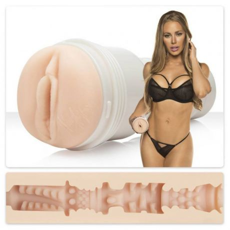 Мастурбатор вагина Fleshlight Signature Nicole Aniston Fit – телесный
