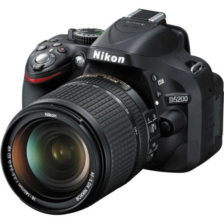 Фотоаппарат Nikon D5200 Kit (D5200 Body Black + 18-140 VR DX Black)